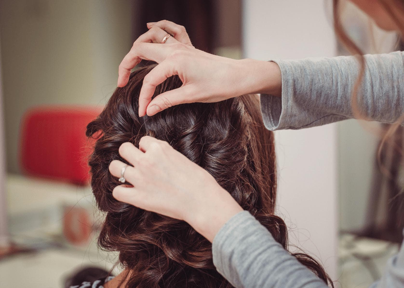 professional hair cutting styling service